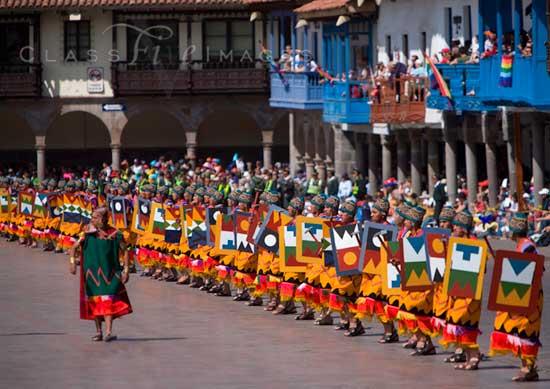 Inti Raymi Plaza Aramas Ceremony 550