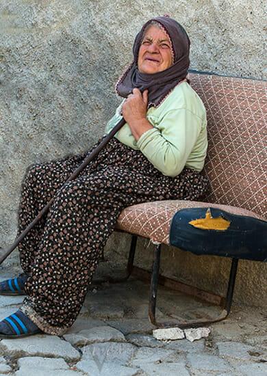 Turkey 205 Old Woman 550