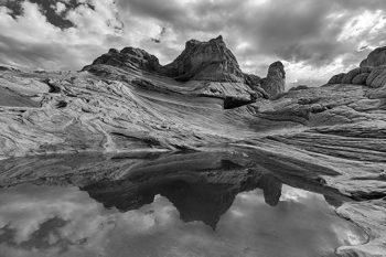 White Pockets – Monochrome Reflections